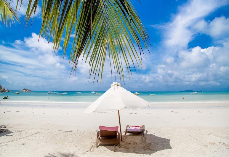 渔村酒店, 普拉兰岛, 海滩