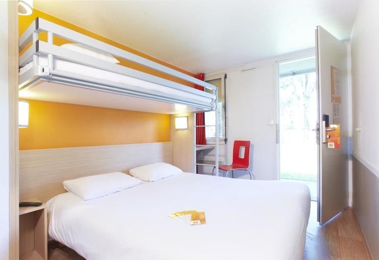 南图尔 - 图尔钱布雷布普瑞米尔经典酒店, Chambray-les-Tours, 标准三人房, 3 张单人床, 客房