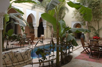 Introduce las fechas para ver los descuentos de hoteles en Marrakech
