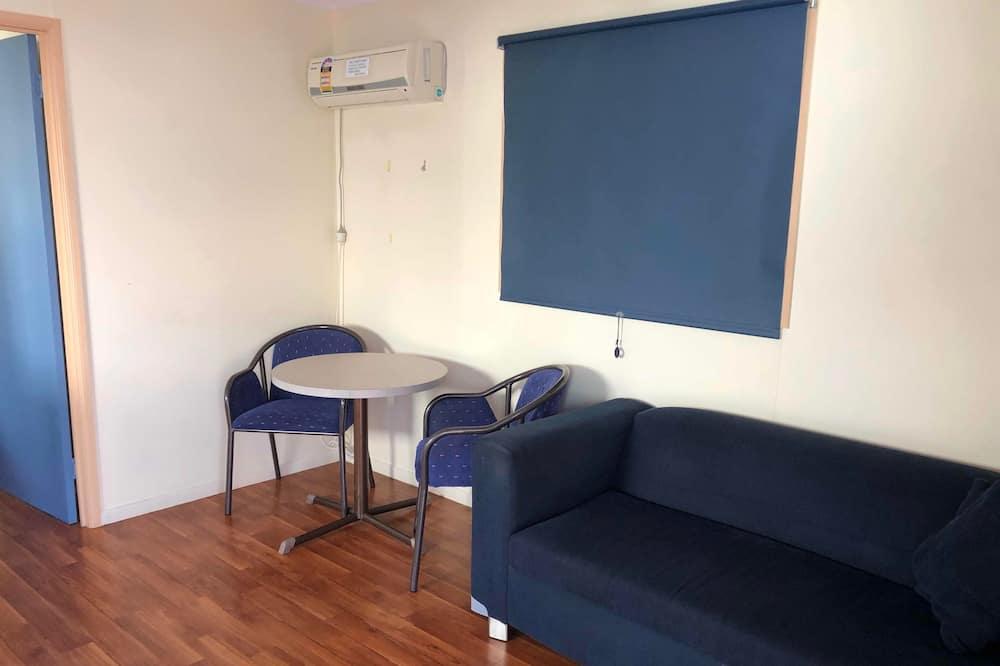 Standard Cabin, 1 Katil Ratu (Queen) (No Pets Permitted) - Ruang Tamu