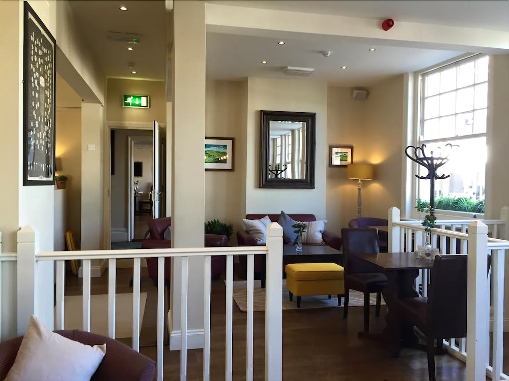 The White Horse Hotel, Pulborough