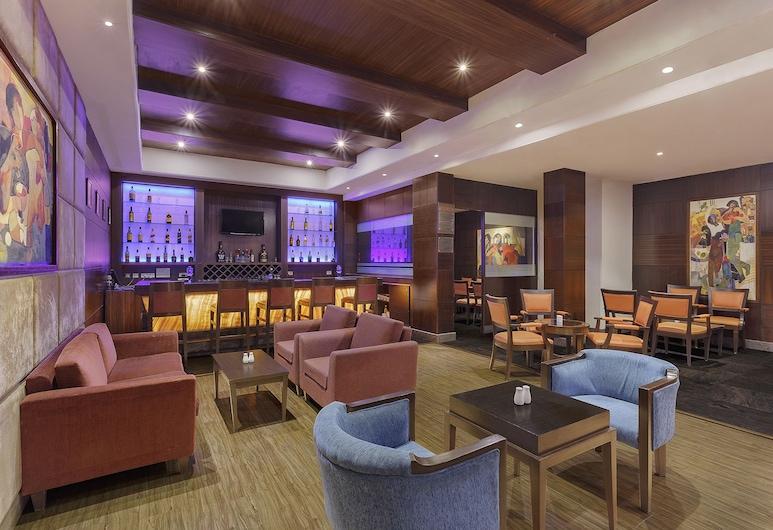 卢迪亚纳萨罗巴巴尔廊下心城市酒店, Ludhiana, 酒店内酒吧