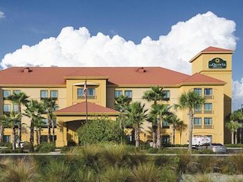 Choose This Cheap Hotel in Panama City Beach