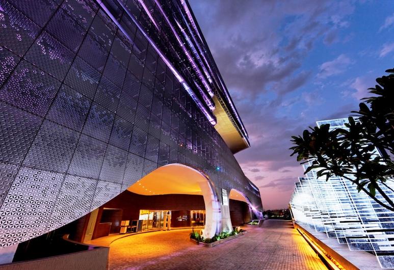 公园海德拉巴酒店, Hyderabad, 酒店正门 - 夜景