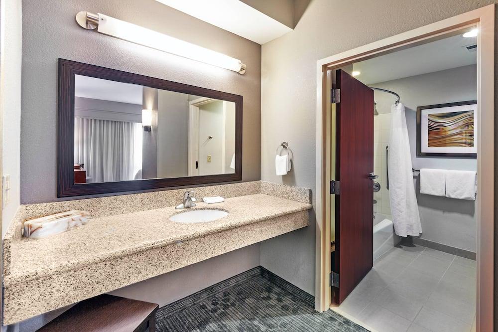 Suite, 1 habitación, para no fumadores, en la esquina - Baño