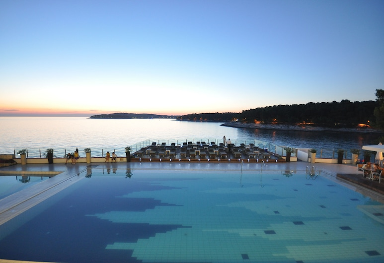 Splendid Golden Rocks Resort, Pula, Ulkouima-allas