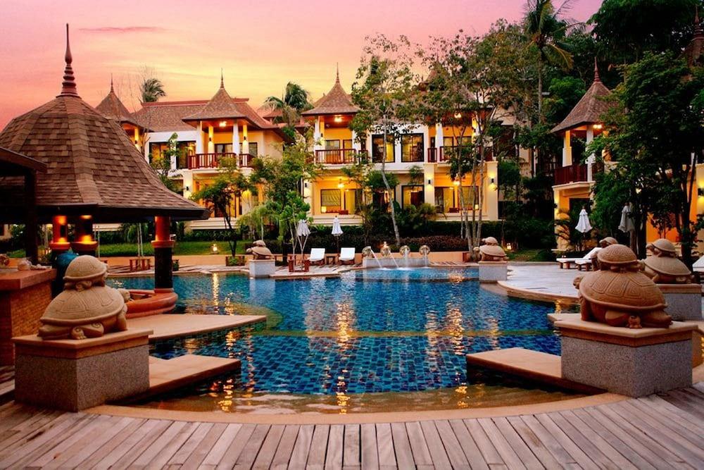 Crown Lanta Resort And Spa Ko