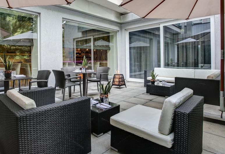 FourSide Hotel & Suites Vienna, Vienna, Teres/Laman Dalam