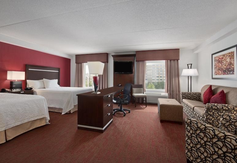 Hampton Inn & Suites Detroit / Airport - Romulus, Romulus, Two queens studio suite, Guest Room