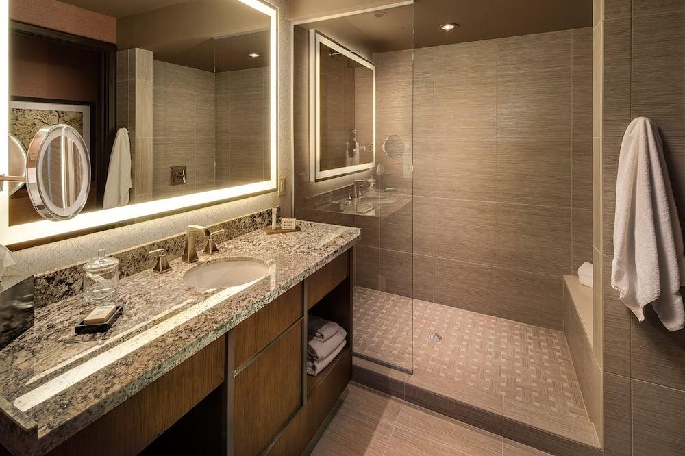 Habitación, 2 camas Queen size, torre - Baño
