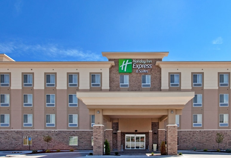 Holiday Inn Express Hotel & Suites TOPEKA NORTH, an IHG Hotel, Topeka