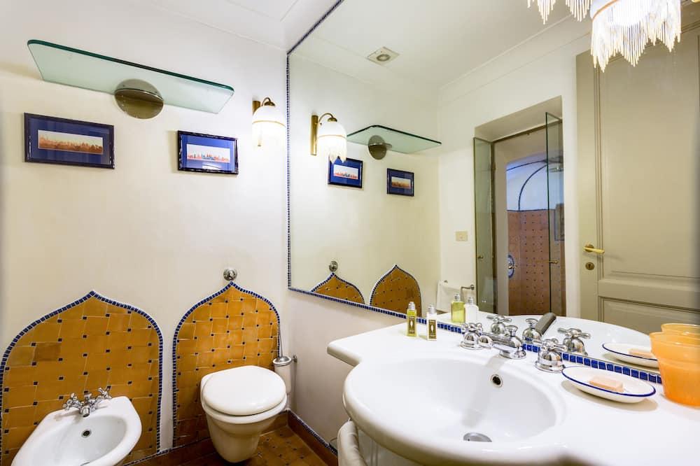 Chambre Double, salle de bains privée (External) - Salle de bain