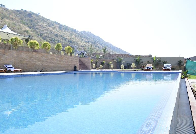 Cambay Resort Udaipur, Udaipur, Outdoor Pool