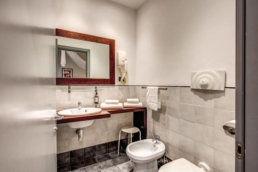 Camera Standard con letto matrimoniale o 2 letti singoli - Bagno