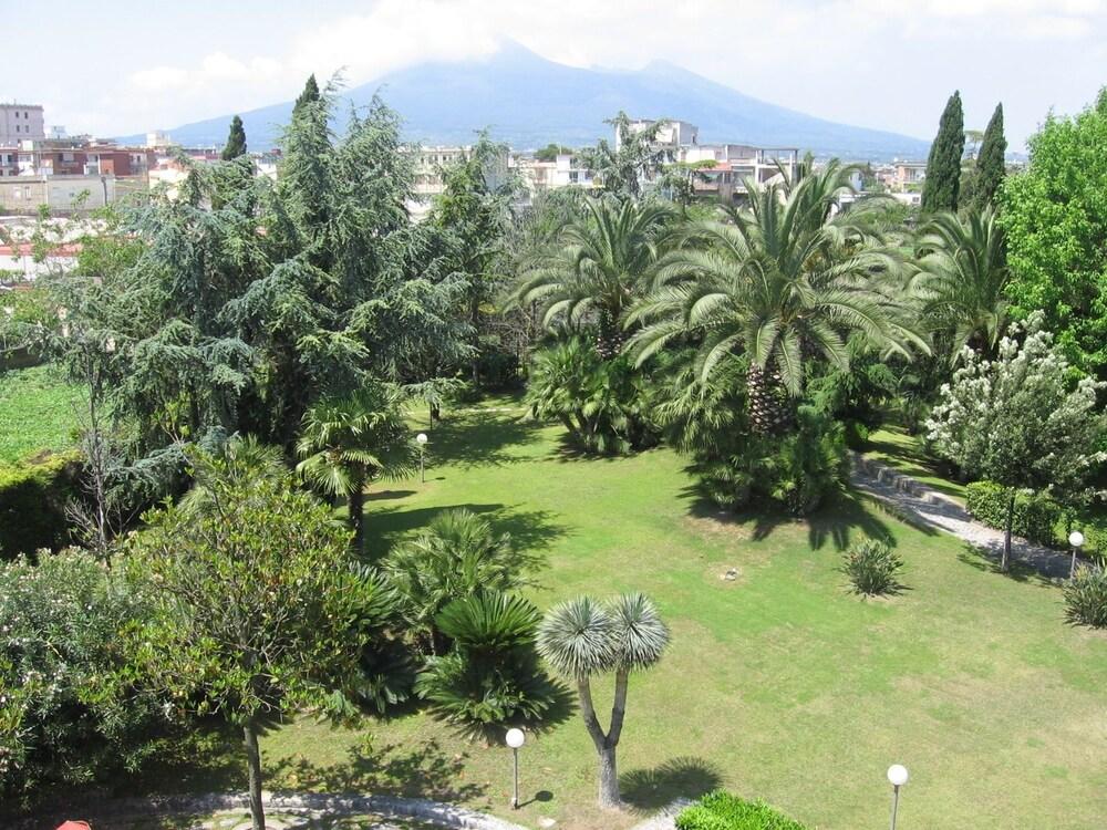 Giovanna, Pompei