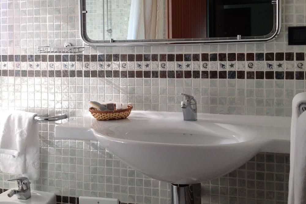 Pia do banheiro