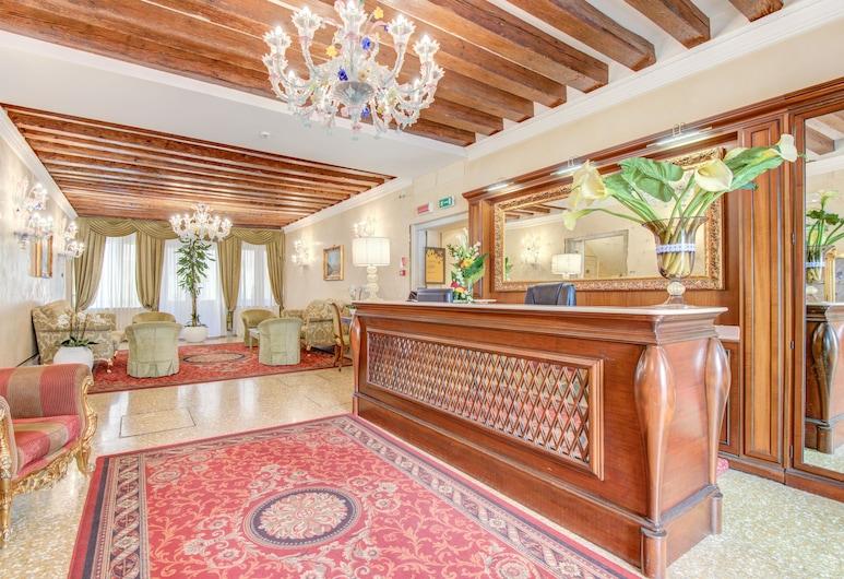 Hotel Al Duca Di Venezia, Venedig, Sitzecke in der Lobby