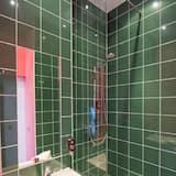 Standarta divvietīgs numurs, 2 vienguļamās gultas - Vannasistabas duša