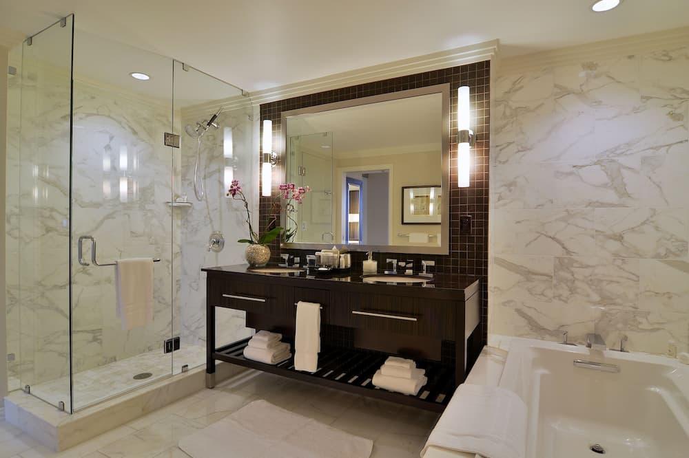 Suite (Exhale Spa Suite) - Bathroom