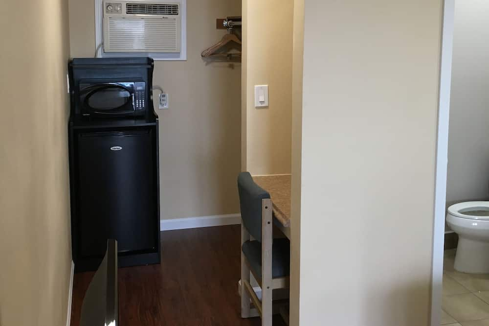 Zimmer, 1 Queen-Bett - Minikühlschrank