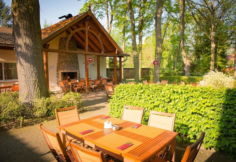 Hotel Waldschlösschen, Kyritz, Outdoor Dining