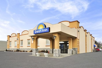 Picture of Days Inn by Wyndham Brampton in Brampton