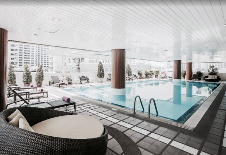 Phachara Suites Sukhumvit, Bangkok, Pool