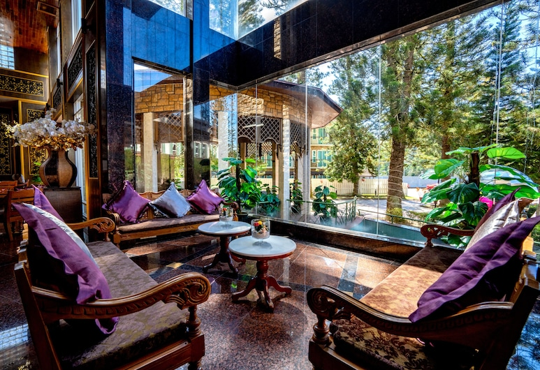 Century Pines Resort, Tanah Rata, Lobby társalgó
