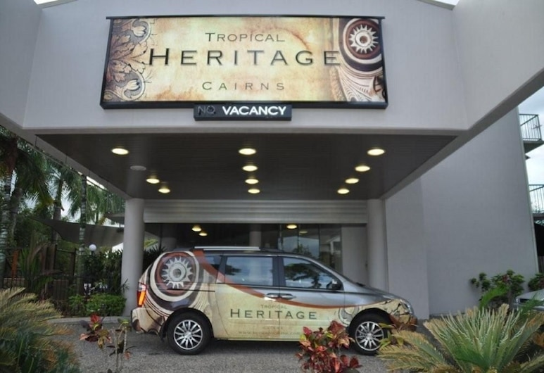Heritage Cairns, Cairns