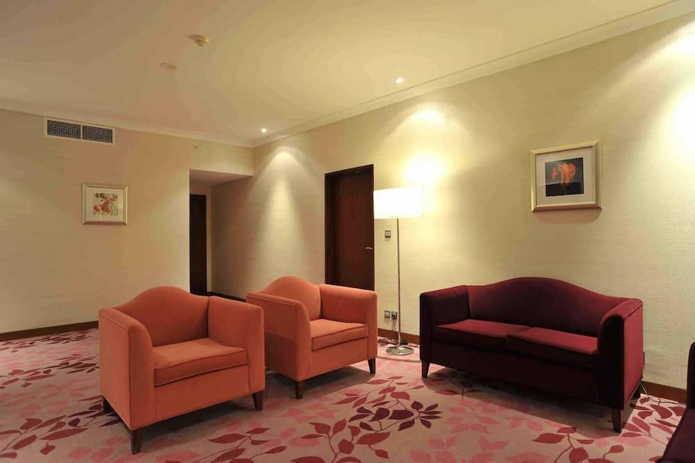 Suite Deluxe, 1 très grand lit (Part  Haram View) - Coin séjour
