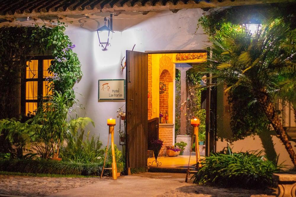 Hotel Las Marías