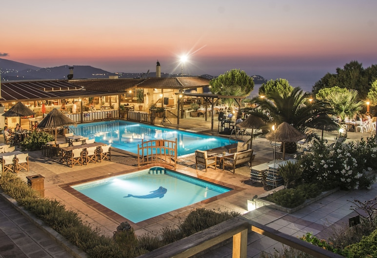 Οικογενειακό Ξενοδοχείο Spiros-Soula, Μαλεβίζι, Εσωτερικοί χώροι