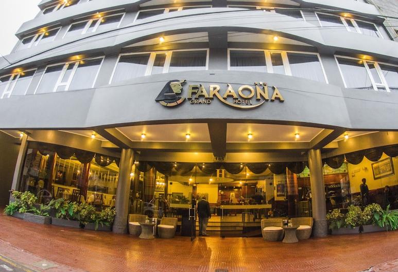 파라오나 그랜드 호텔, 리마, 호텔 입구