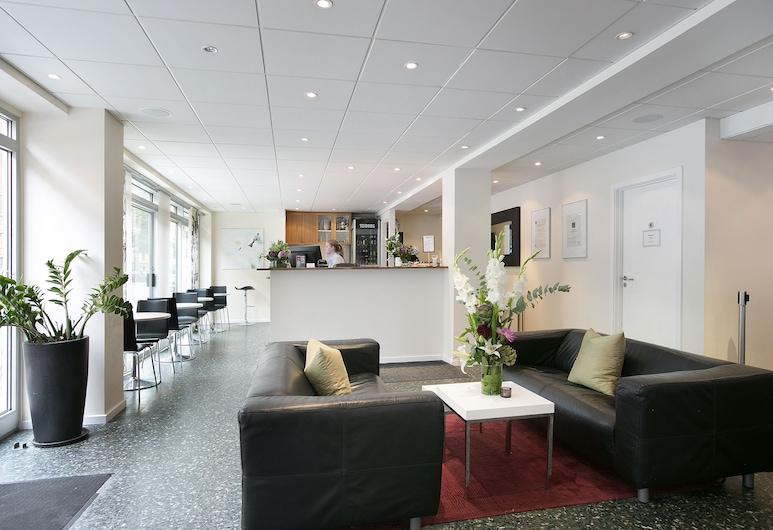ホテル コペンハーゲン, コペンハーゲン, フロント