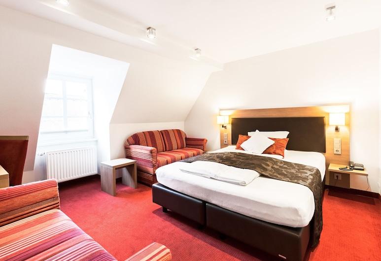 Hotel Weisses Ross, Memmingen, Pokój dla 4 osób, Pokój