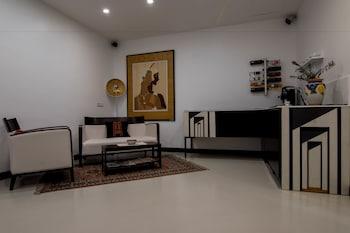 Mynd af Hotel Plebiscito Aparthotel í Napólí