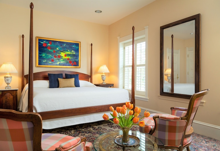 Embassy Circle Guest House, Washington, Deluxe Room, 1 King Bed, Guest Room