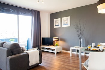Picture of Feelathome Poblenou Beach Apartments in Barcelona