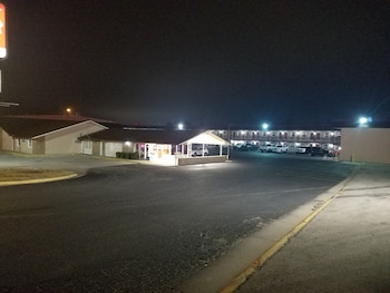 Picture of Nendels Inn and Suites in Dodge City