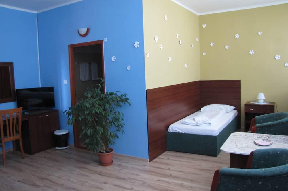 Trokrevetna soba - Dnevna soba