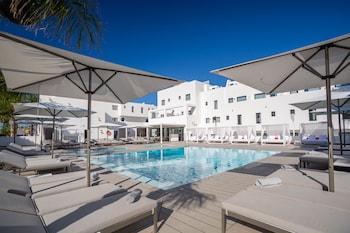A(z) Migjorn Ibiza Suites & Spa hotel fényképe itt: Sant Josep de sa Talaia