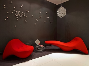 Choose This Romantic Hotel in New York -  - Online Room Reservations