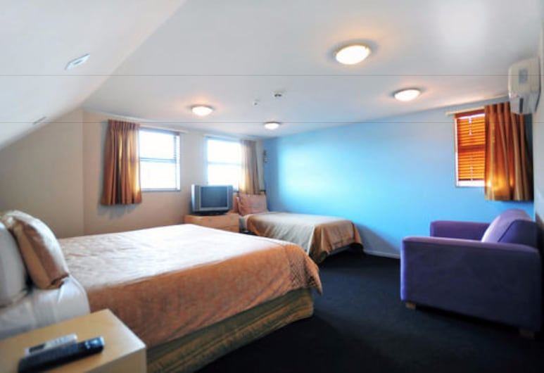 Athena Motel & Apartments, Christchurch, Standard Suite, 2 Bedrooms, Non Smoking, Kitchenette (Emirates Special  5), Guest Room