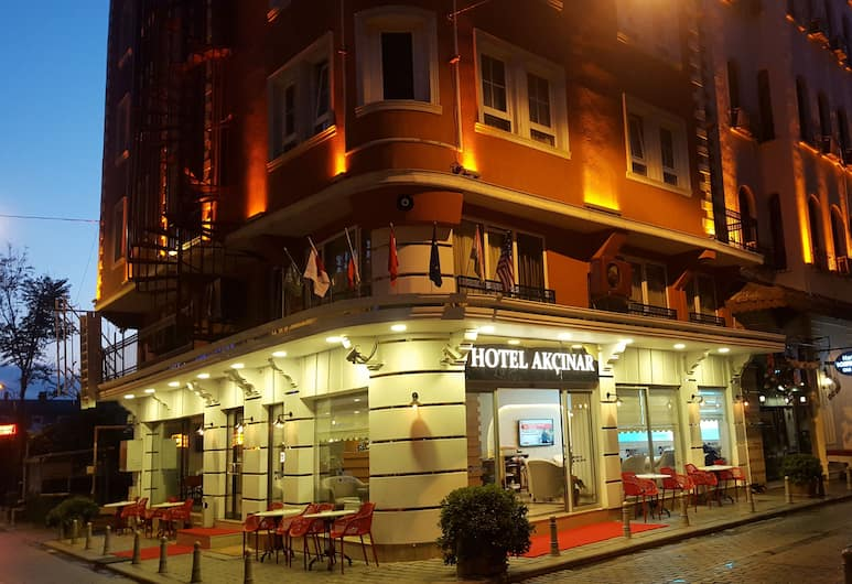 Hotel Akcinar, Istanbul, Hotel Front – Evening/Night