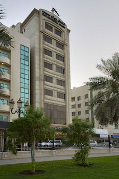 Top 10 Cheap Hotels in Sharjah from $24/night   Hotels com