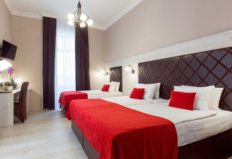Belgrade City Hotel, Belgrad, Comfort Triple Room (20% off in the restaurant), Oda