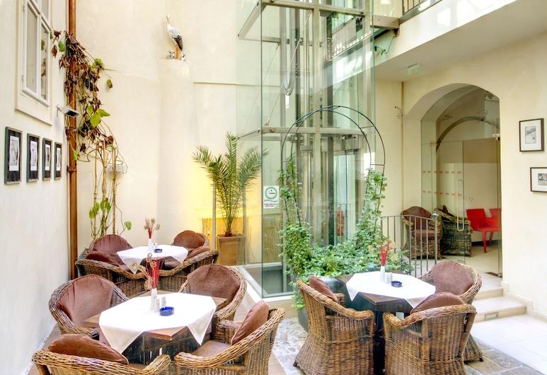 Hotel Three Storks, Praag, Zitruimte lobby