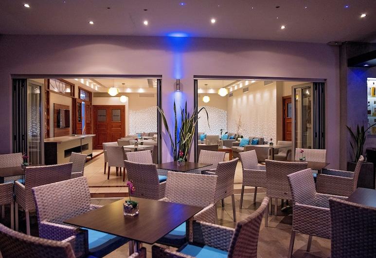Pyramos Hotel, Paphos, Hotelbar