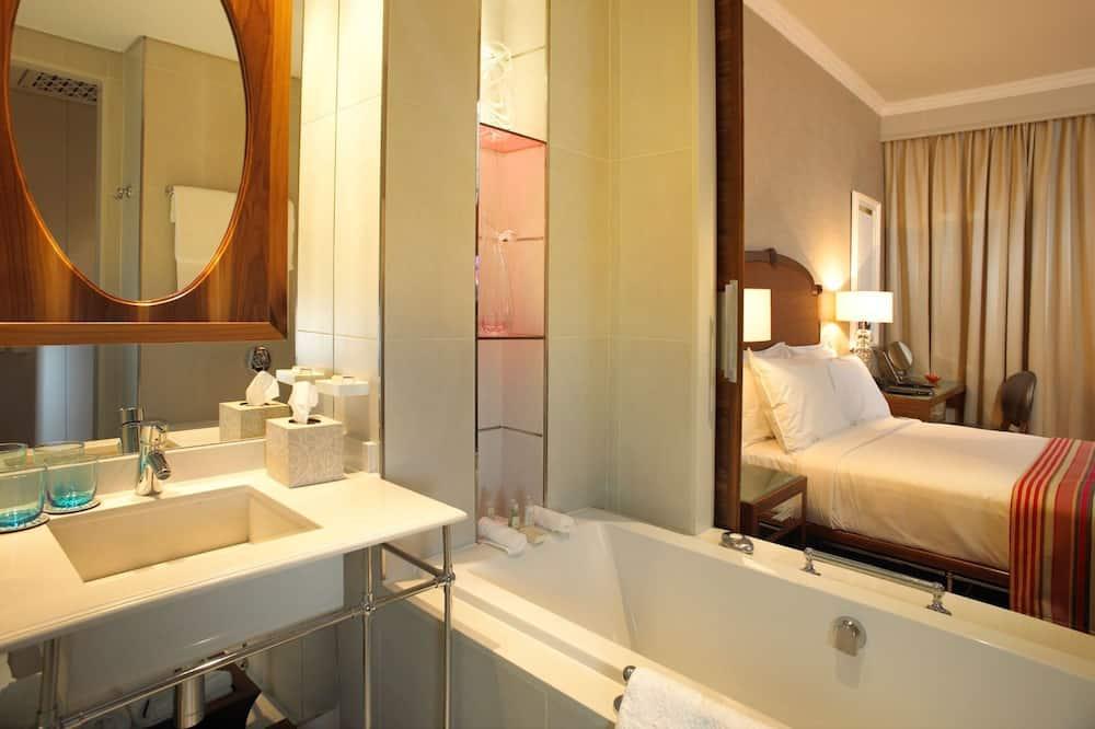 高級客房 (Surcharge) - 浴室