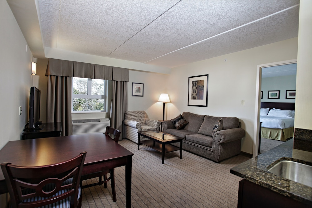 Holiday Inn Express Hotel Suites Kincardine Downtown